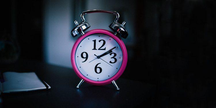 Буденето с аларма нарушава естествения ритъм на тялото
